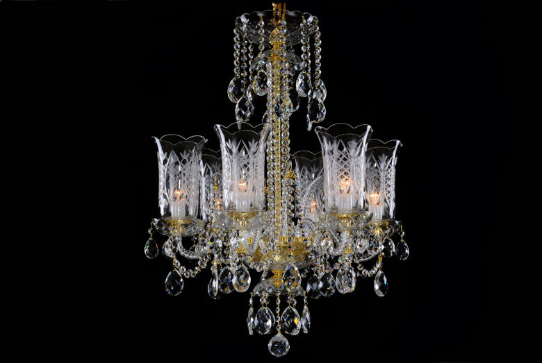 Small crystal chandelier with 6 arms decorated with hand cut vases.