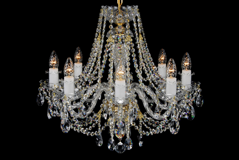 An eight-arm colourless crystal chandelier that can light up your interior.