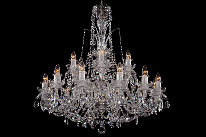 An eighteen-light crystal chandelier with double bobeches.