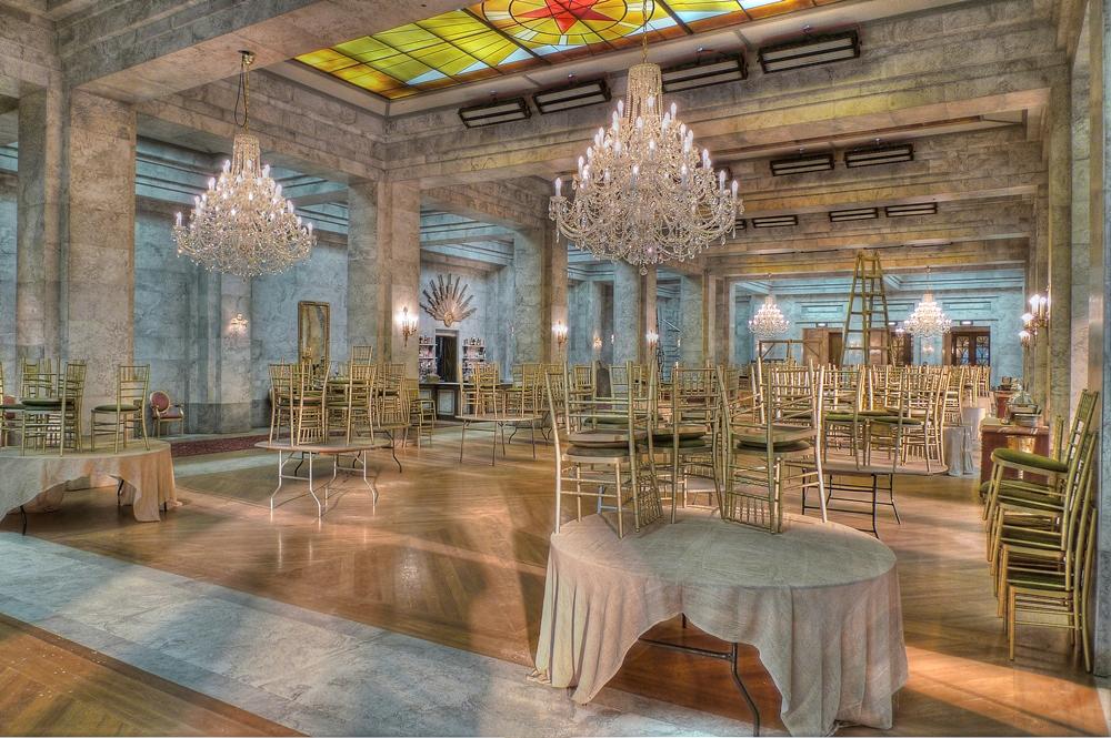 Dokončený taneční sál hotelu Ukrajina